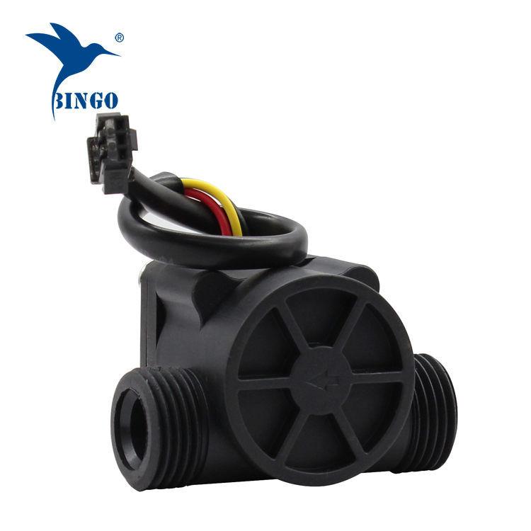 Čerpadlo pro průtok vody z černého PP materiálu